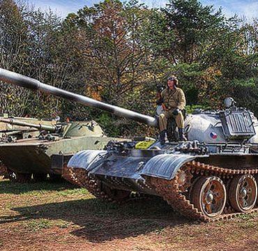 Один в поле – воин! Поездка на танке